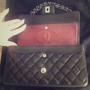🖤CHANEL Classic Medium 🖤 black lamb leather ⭐️